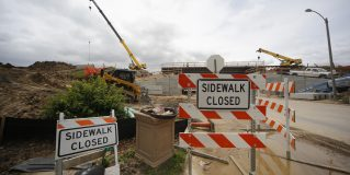 MoDOT continues work on I-44 bridges in city