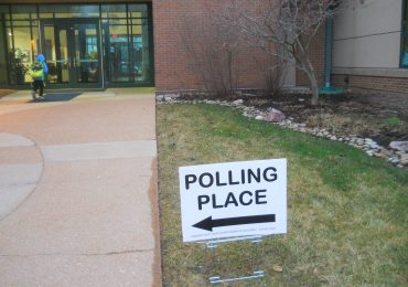 Poll workers contract virus, but Election Day link unclear