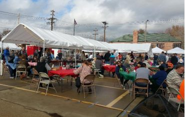 Cancellation of holiday market disappoints church, vendors