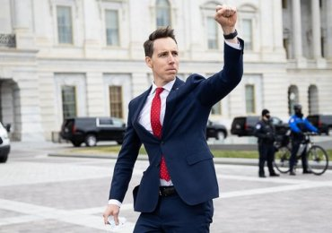 Hawley's woes grow as another major backer abandons him